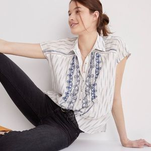 Anthropologie Pilcro Embroidered Short Sleeve Button Down Surf Blouse Medium
